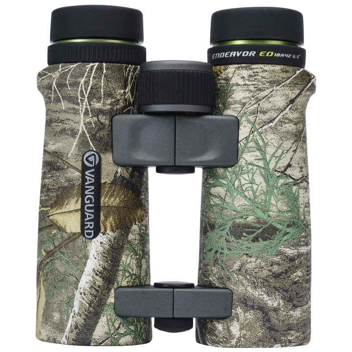 Vanguard Endeavor ED 10x42 Binoculars - Real Tree Finish